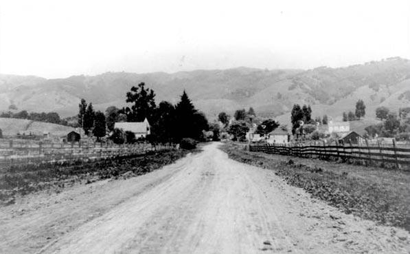 Moraga Road, 1915